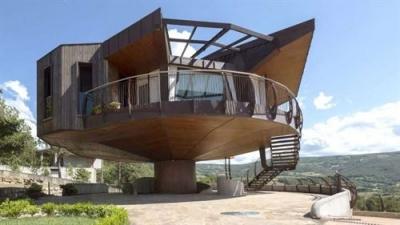360 derece dönebilen ev